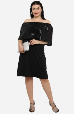 Black Off the shoulder A-line Cape Party Dress