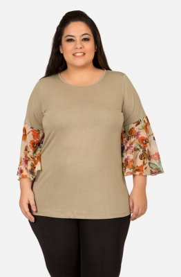 Women's Snuff Semi-casual Top with Printed Bell Sleeves