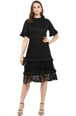 Straight-fit Lace Tiered Solid Party Dress