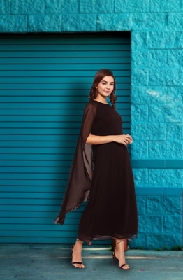 Formal Black Boat Neck A-Line Dress with Cape Sleeves