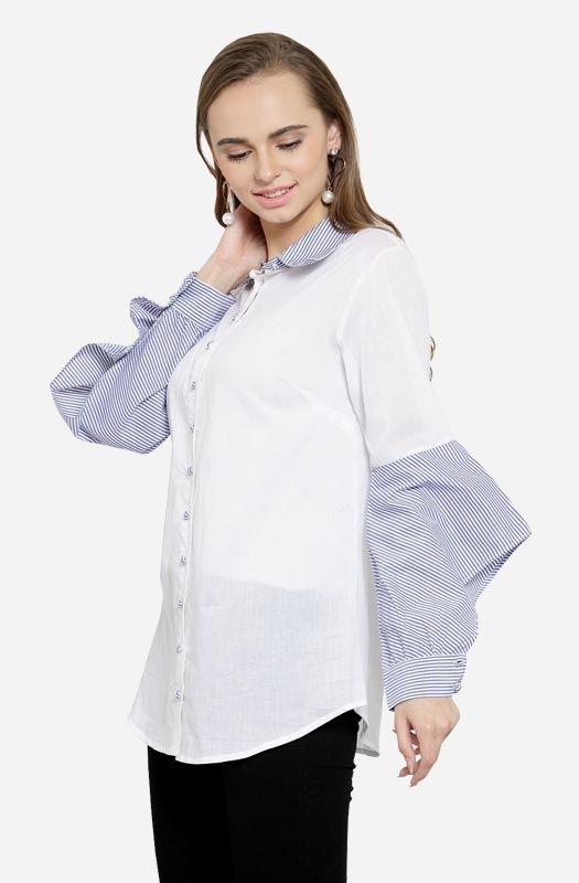 White Shirt With Long Sleeves