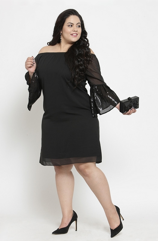 Casual Black Off-shoulder Dress with Angel Sleeves