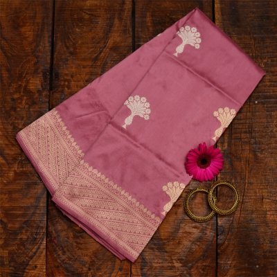 Dusky pink handloom banarasi with rich mughal patterns