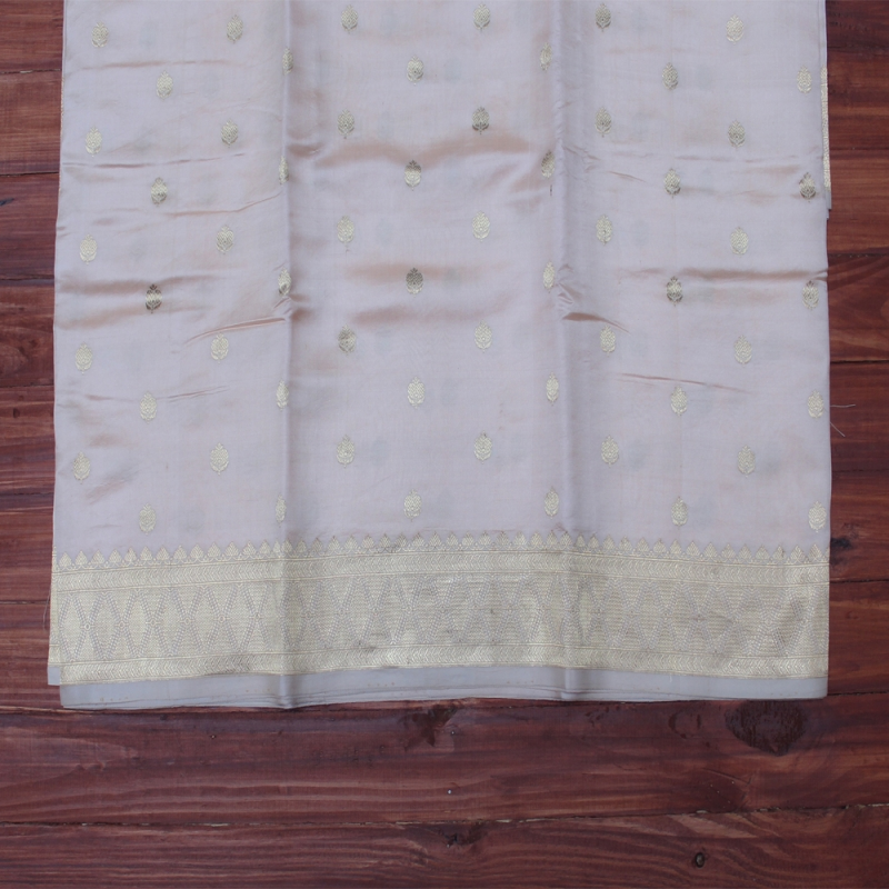 Pristine white banarasi with silver bootas and jangla paar