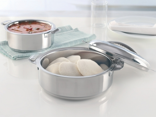 Stainless Steel Idli Server with Locking Lid, 3 L